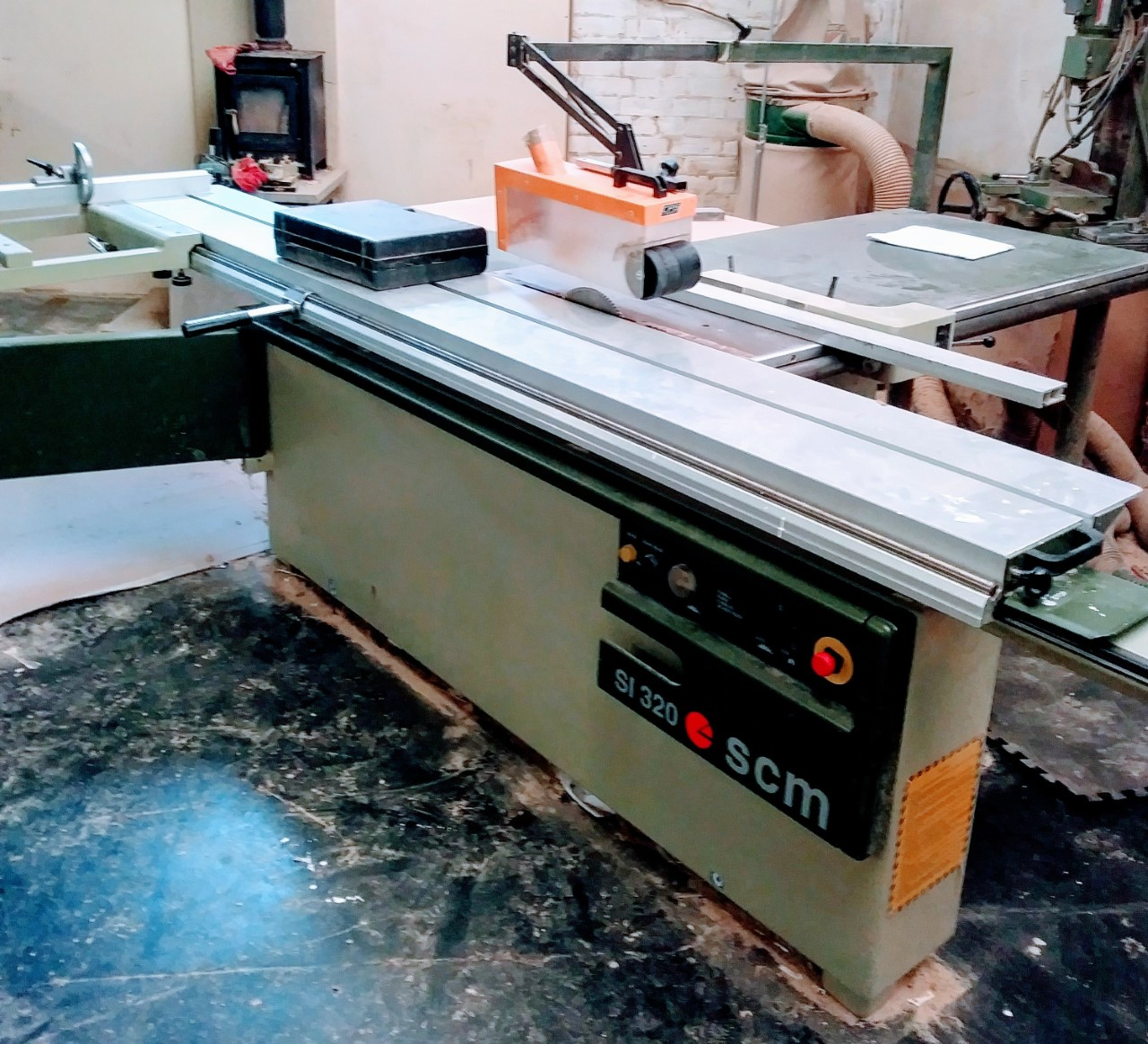 SCM SI 320 panel saw - Click to Enlarge